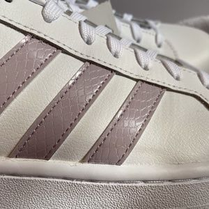 Adidas Shoes - Adidas grand court sneaker